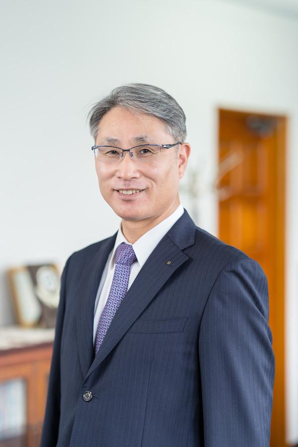 川内ヤクルト販売株式会社 代表取締役社長 影山 俊二